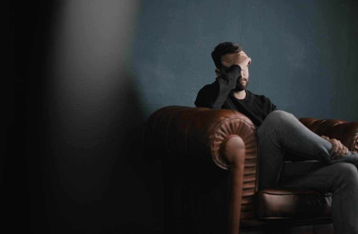 【看護師必見】自殺に関連する3つの精神疾患と自殺や希死念慮をまとめて解説